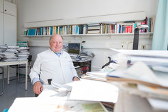 Hüter über den Schlaf: Alex Steiger leitet seit vielen Jahren das Schlaflabor am Max-Planck-Institut für Psychiatrie in München.