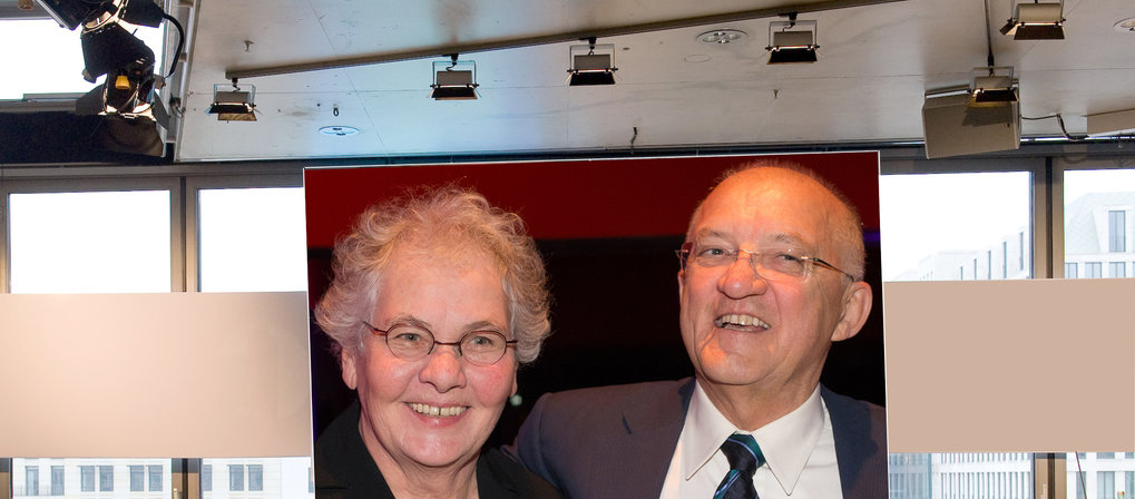 They meet only rarely: Christiane Nüsslein-Volhard and Axel Ullrich. The photo was taken during the hall-of-fame ceremony on December 17, 2012.