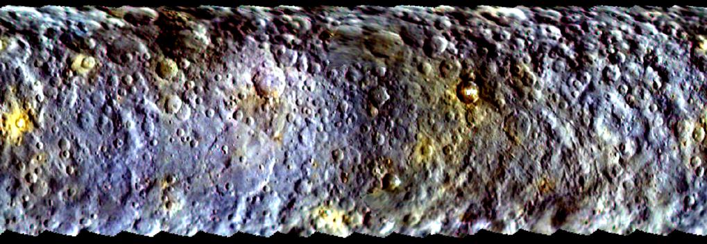 Bunter Zwerg: Mithilfe der Farbfilter des Kamerasystems von Dawn lassen sich Unterschiede in der Oberflächenzusammensetzung der Ceres erkennen. I