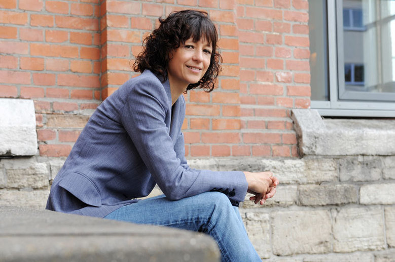 Sometimes a single discovery can change a whole life. For Emmanuelle Charpentier, deciphering the functioning of an enzyme previously known only to ex