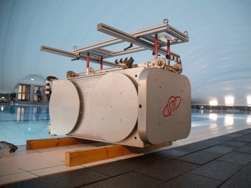 Antennenmodell des Beobachtungssystems ist reif für Unterwasser-Training der Kosmonauten