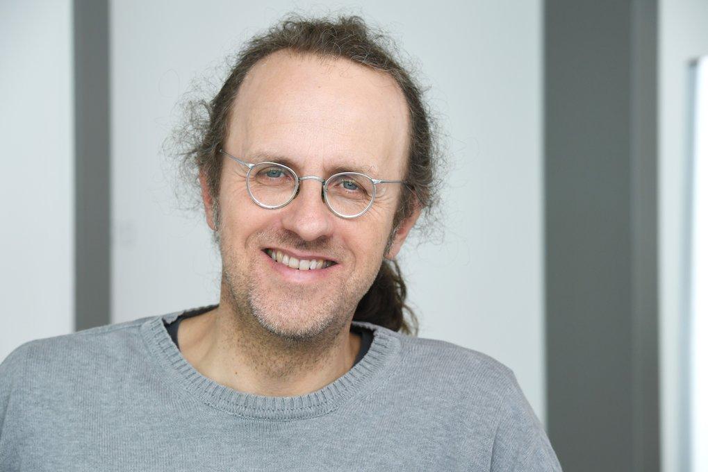 Prof. Dr. Bernhard Schölkopf