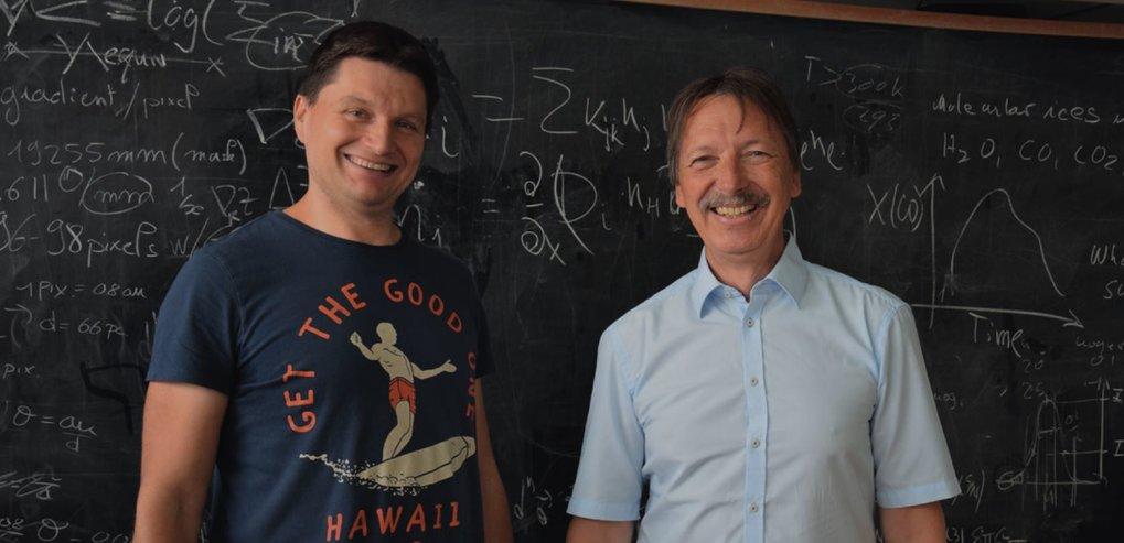 Wiege des Lebens: Dmitry Semenov (links) und Thomas Henning vom Max-Planck-Institut für Astronomie haben ein Szenario entworfen, wonach einst in klein