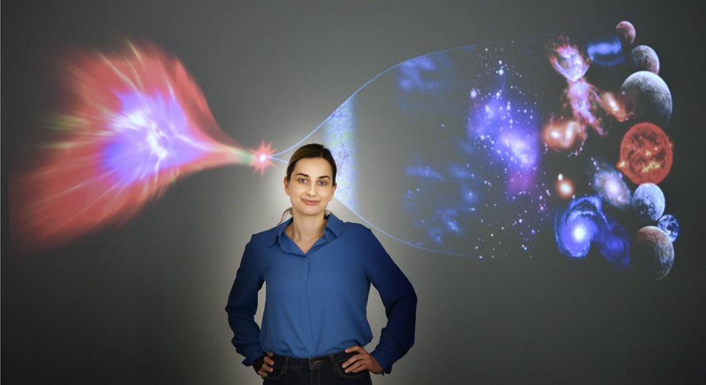 Unkonventionell: Mit einem eher außergewöhnlichen Ansatz erforscht Anna Ijjas am Max-Planck-Institut für Gravitationsphysik die Anfänge des Universums