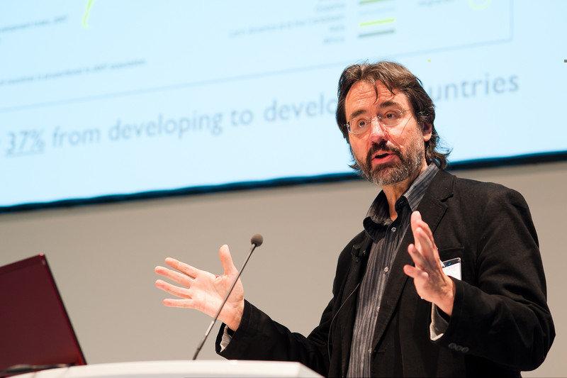 Steven Vertovec ist Direktor am Max-Planck-Institut zur Erforschung multireligiöser und multiethnischer Gesellschaften in Göttingen und Honorarprofess