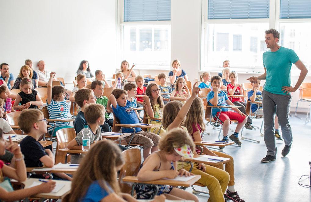 In pädagogischer Mission: Daniel Haun ist es wichtig, ein Bewusstsein für die Vielfalt und die Besonderheiten des Menschen zu wecken. So stellte er se