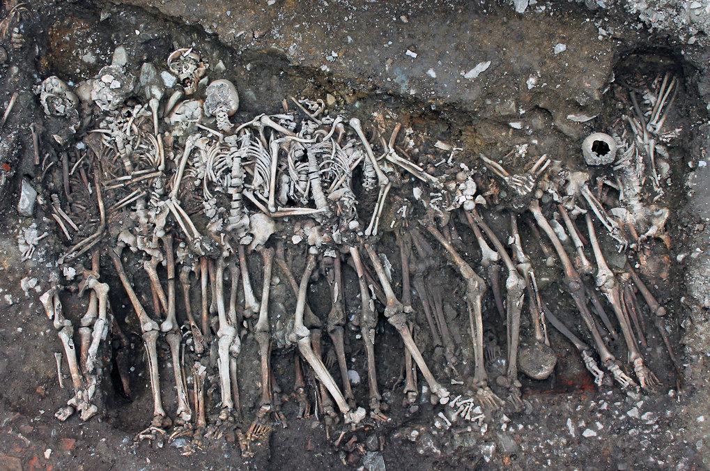 Grab der Soldaten, die der königlichen Armee zugerechnet werden und im Jakobinerkloster begraben sind.