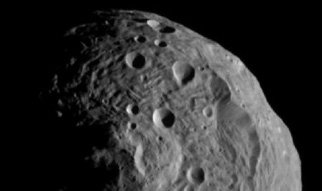After travelling for almost four years, the Dawn space probe arrived at the Vesta planetoid last weekend.                Max Planck scientists have front row seats in the exploration of  the asteroid with two onboard cameras. The aim is to travel back in time  to the origins of the solar system.