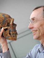 Researchers working with Svante Pääbo at the Max Planck Institute for Evolutionary Anthropology in Leipzig worked on decoding the Neandertal genome for 20 years and compared it with the Homo sapiens genome. Credit: MPI for Evolutionary Anthropology / Frank Vinken