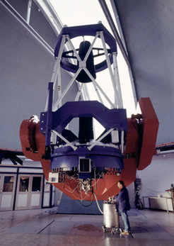 The 2.2 metre ESO/MPG telescope at ESO's La Silla observatory in Chile has been in operation since early 1984 and is on indefinite loan to ESO from the Max Planck Society. The observations of the new exoplanet were made with the high-resolution spectrograph FEROS, which was built by a European consortium led by the Landessternwarte Königstuhl in Heidelberg.