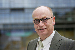 Martin Stratmann will become the head of the  Max-Planck-Gesellschaft in June 2014.