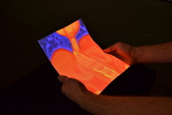 Body-based navigational aid: With Flexpad, IT experts in Saarbrücken are able to better analyse images, such as computer tomography, as moving the paper or other flexible material calls up different images onto the material, which also functions as the monitor.