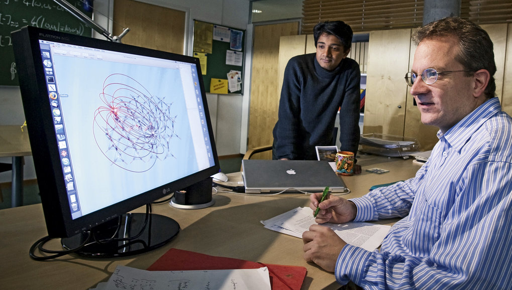 Searching for new types of order: Roderich Moessner and his colleague V. Ravi Chandra look at a model of the spin ice lattice.