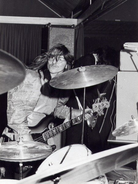 Let it rock: Günther Hasinger in the 1970s, playing with the band <i>Saffran</i>.